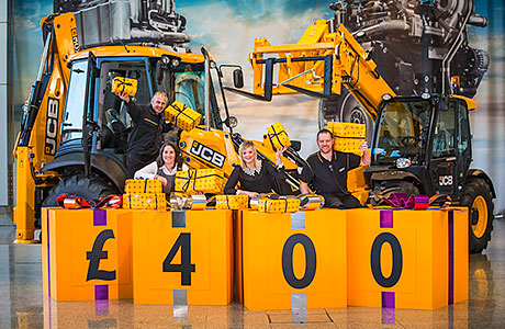 JCB shopfloor employees accept 2.6% pay increase