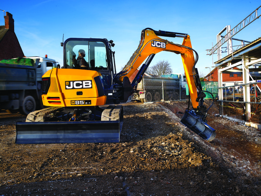 JCB Finance launches £60m fund to support Britain's builders