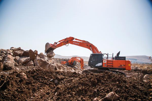 Hitachi excavators chosen for Israeli ports