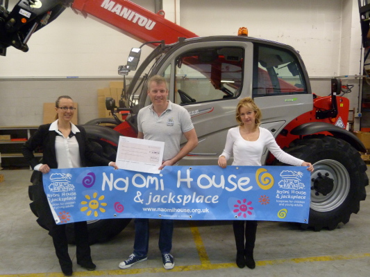 Manitou UK raise £1100 for local hospice