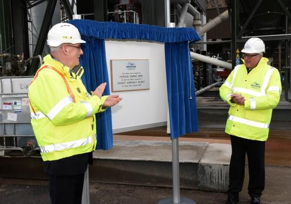 Breedon's £2.2 million asphalt plant formally opened
