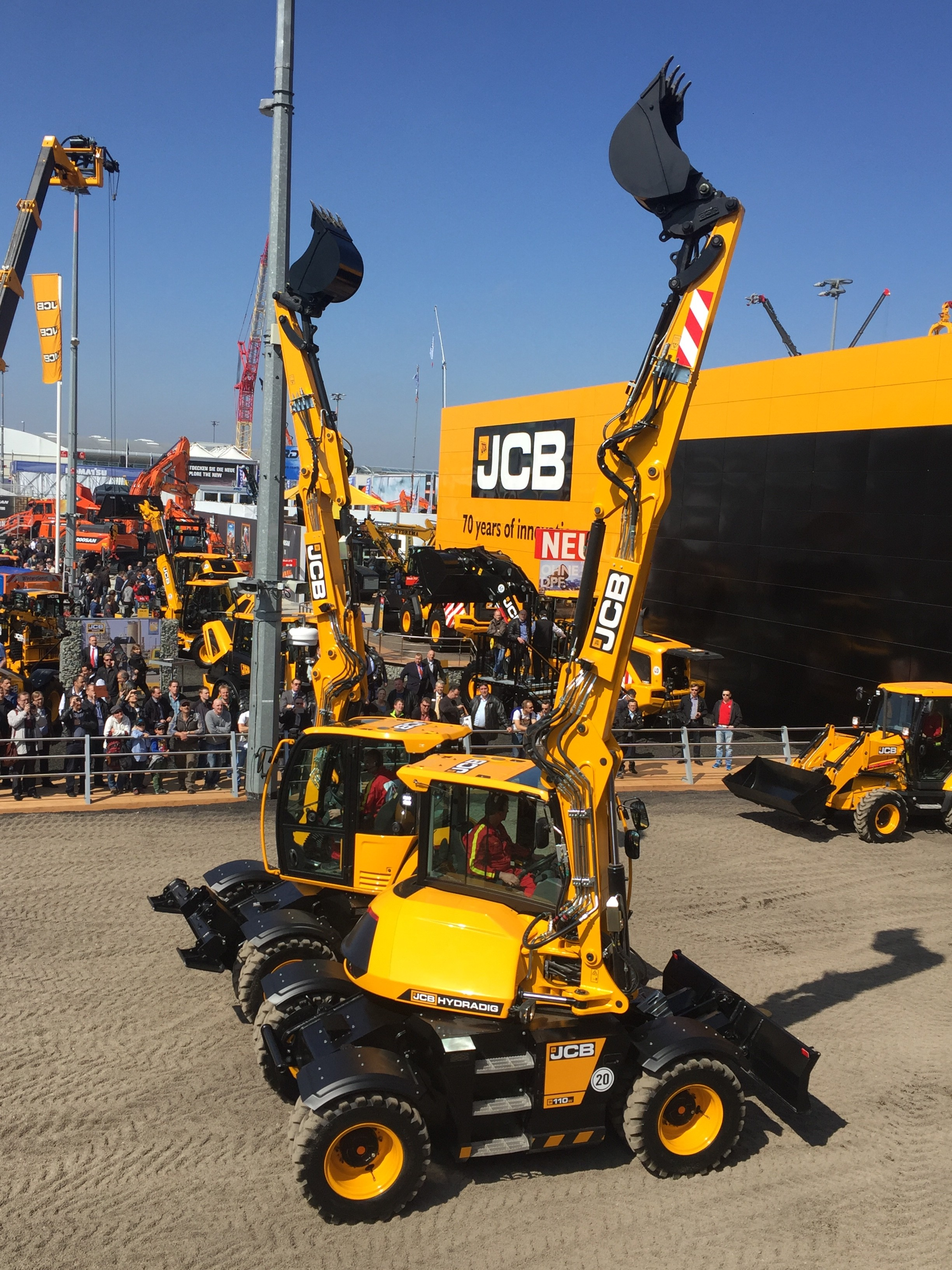 Landmark Jcb Hydradig Deal Placed Project Plant