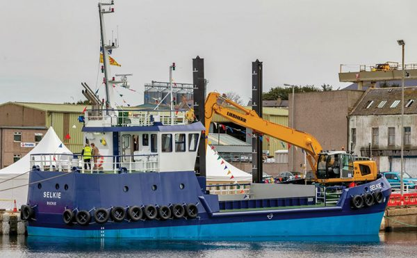 Excavator helps MV Selkie make a splash