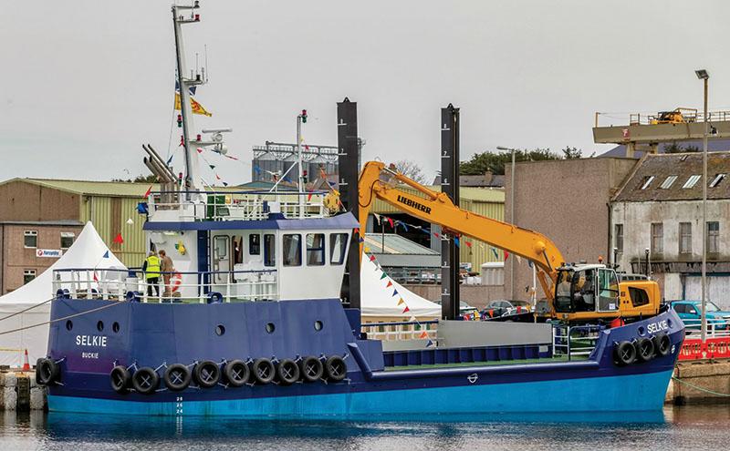 Excavator helps MV Selkie make a splash