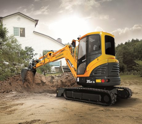 Hyundai and CNH form mini-excavator alliance