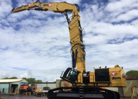 Teamwork pays off for landmark excavator