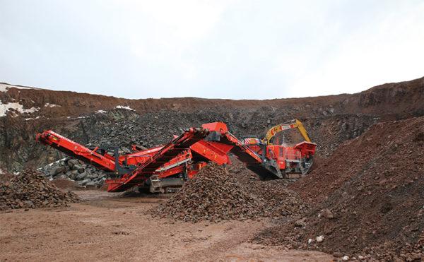 Versatile machines rise to quarry challenges